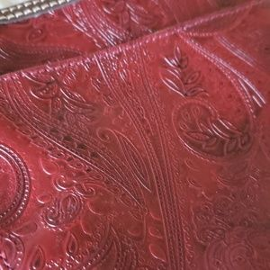 Relic Bags - Relic wine burgundy Paisley print handbag